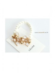 <br> Bling Bling pearl bracelet <br><br>