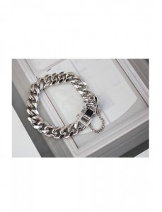 <br> Drip Silver chain bracelet <br> <b><font color=#253952>ACC 2nd item</font></b>