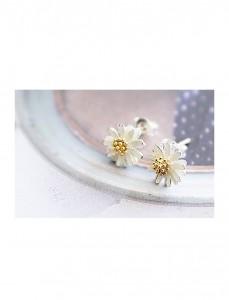 <br> Blossom Flower earring <br><br>