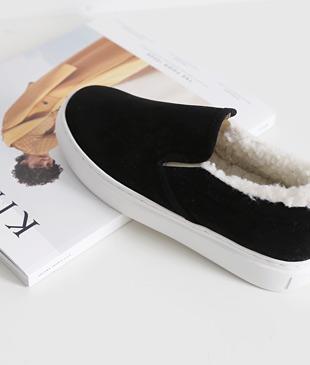 <br> Black Suede Wool Slip-on Shoes <br><br>