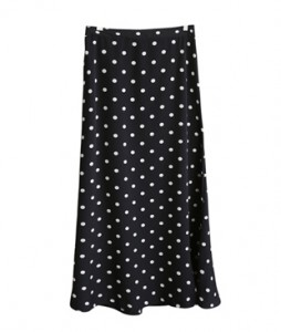 <br> Dot Bending Long Skirt <br><br>