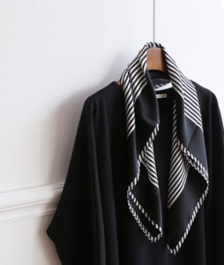 <br> Stripe color combination scarf <br><br>