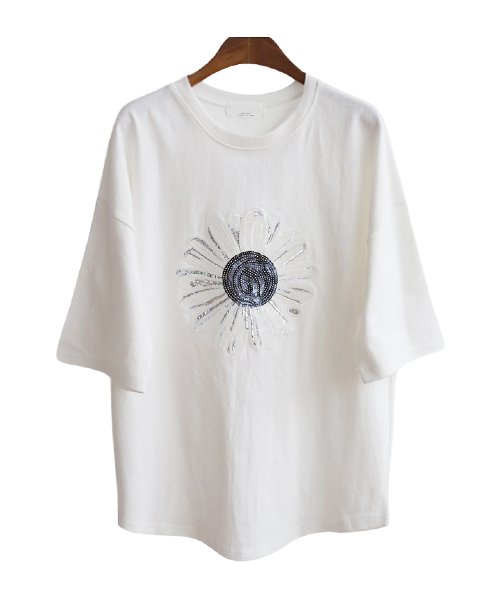 <br> Daisy Spangle Tee <br> [Not returned or exchanged;
