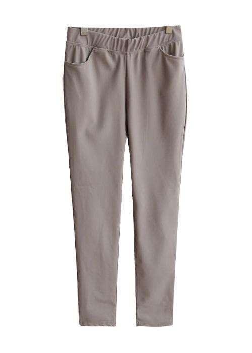 <br> Good Slim Fit Banding Pants <br><br>