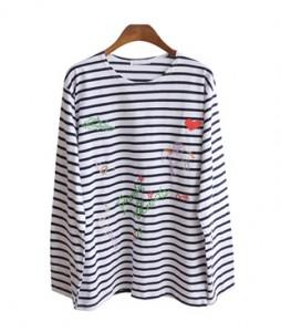 <br> Kabra embroidery Tegara Tee <br><br>
