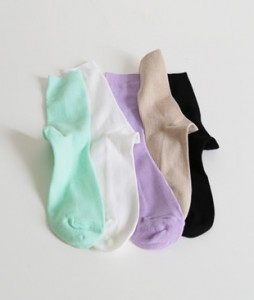 <br> pastel Corrugated socks <br><br>