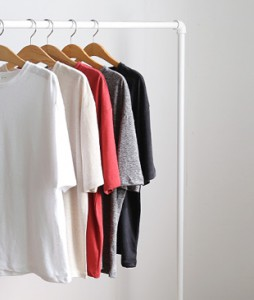 <br> Hand-rolled Linen Round Tee <br><br>