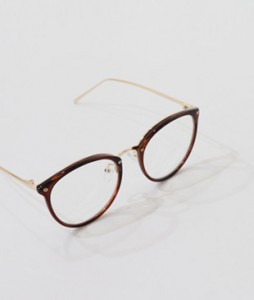 <br> Fashion glasses <br> <b><font color=#253952>ACC 4th place</font></b>