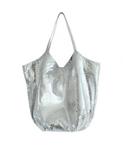 <br> Silver Round Snake skin Bag <br> <b><font color=#253952>Shoes & Bag 3rd place</font></b>