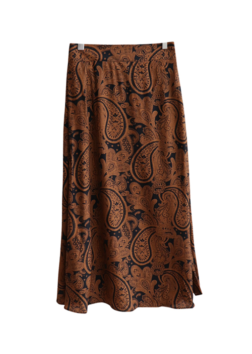 <br> Paisley Rear Banding Skirt <br><br>