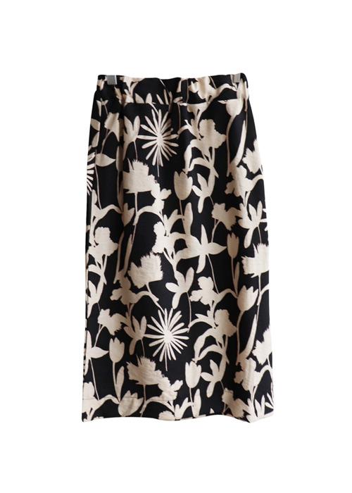<br> Beige Flower Banding Skirt <br><br>
