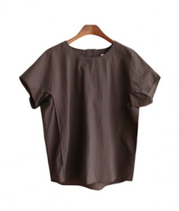 <br> Brand back button Blouse <br><br>