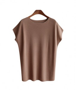 <br> Good basic knit material <br> <b><font color=#253952>Knit fourth place items</font></b>