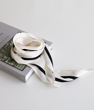 <br> Lining Hole Scarf <br> <b><font color=#253952>ACC 1st item</font></b>