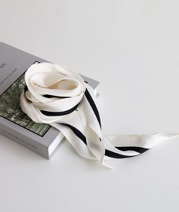<br> Lining Hole Scarf <br> <b><font color=#253952>ACC 4th item</font></b>