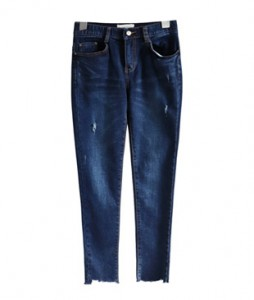 <br> Blue Cutting Coriotic Denim Pants (napping) <br><br>