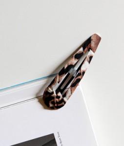 <br> Leopard Tin Fins <br><br>