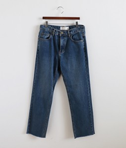 <br> Straight Denim Pants <br> [Not returned or exchanged;