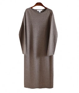 <br> Round Cashmere Long Knit Dress <br> [Not returned or exchanged;