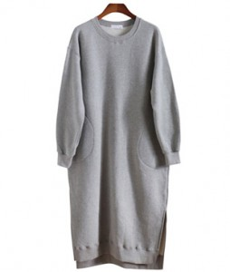 <br> Pocket napping Man to man Slit Dress <br><br>