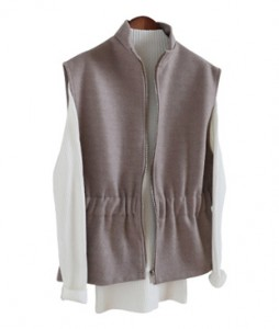 <br> Marie antics Zipper Wool Vest <br><br>