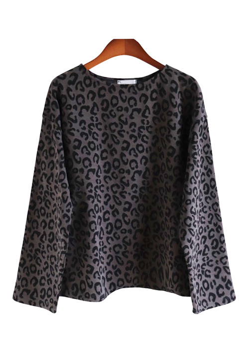 <br> Leopard Round Tee <br> - Not returned or exchanged;