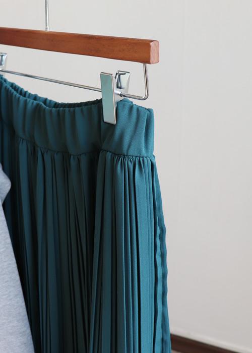 <br> Delicate Wrinkles Skirt <br> <b><font color=#253952>Skirt 4th item</font></b>