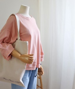 <br> Beautiful color lovely seven part Tee <br><br>