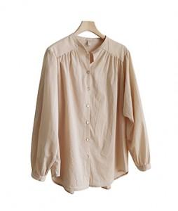 <br> Shoulder Shirring Blouse <br> <b><font color=#253952>4th place blouse</font></b>