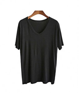 <br> Daily rayon V-neck tee <br> <b><font color=#253952>T-shirt 4th item</font></b>