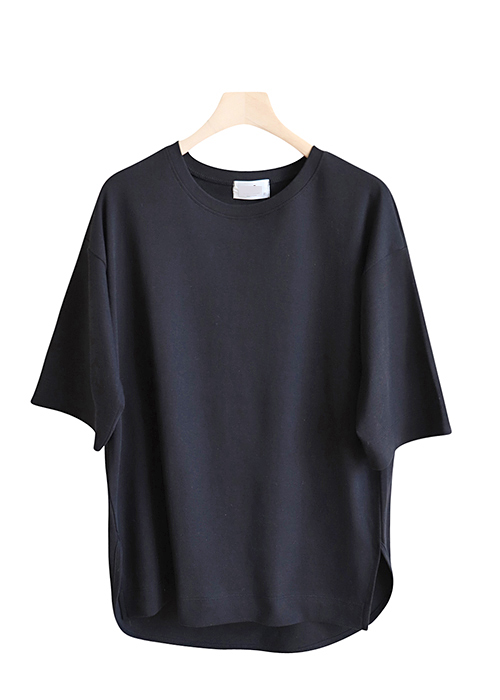 <br> Sleeve Tee five uneven hem <br><br>