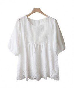 <br> Pin tuck embroidery blouse <br> <b><font color=#253952>3rd place blouse</font></b>