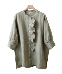 <br> Louis Freel Linen blouse <br> <b><font color=#253952>5th place blouse</font></b>