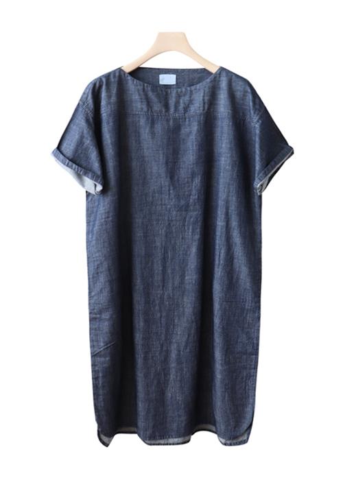 <br> Lip Neck Soft Denim Dress <br><br>