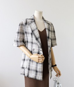 <br> Check Short-sleeve Linen Jacket <br> <b><font color=#253952>Outer 4th item</font></b>
