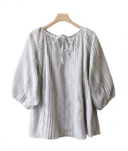 <br> Bowknot blouse <br><br>
