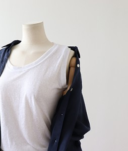 <br> Basic Linen Sleeveless shirts for everyday wear <br><br>