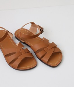 <br> juicy velcro Sandals <br><br>