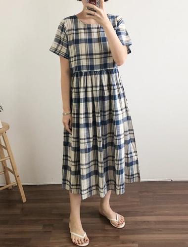 <br> Love Check Shirring Dress <br> <b><font color=#253952>1st place dress</font></b>
