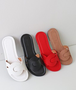 <br> Kink Slippers <br><br>