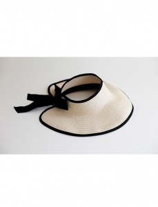 <br> Helen bowknot line Hat <br><br>