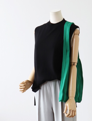<br> Hip-covered Sleeveless Knit <br> [Return can not be exchanged]