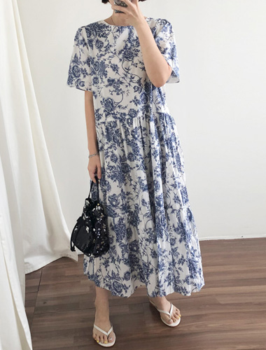 <br> Blue Print Shirring Dress <br> [Return can not be exchanged]