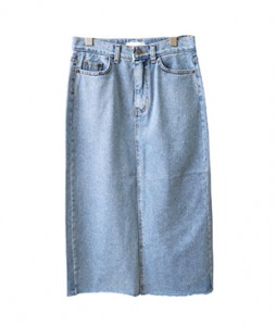 <br> Small Angle Denim Skirt <br> <b><font color=#253952>Skirt second place product</font></b>