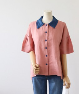 <br> unique color combination Kara Blouse <br> [Return can not be replaced]