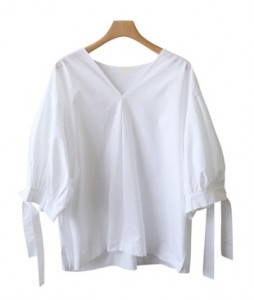 <br> V-neck sleeve ribbon Blouse <br><br>