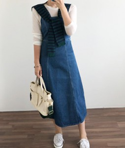 <br> Backstring stitch Blue Dress <br> [Return can not be replaced]