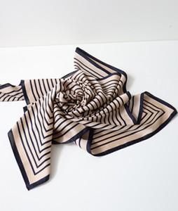 <br> Square line square scarf <br><br>