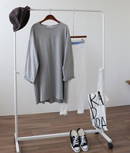<br> simple Boxy Long Tee <br><br>
