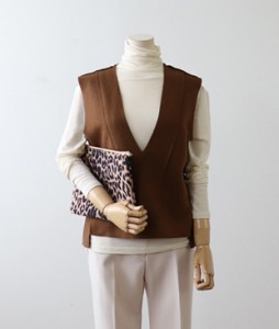 <br> layered Wool Vest <br><br>
